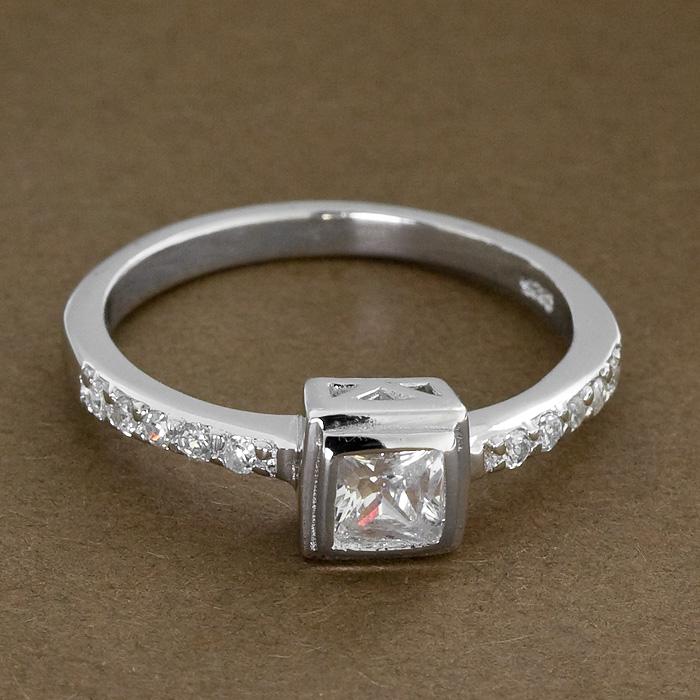 Srebrny pierścionek - P 0009